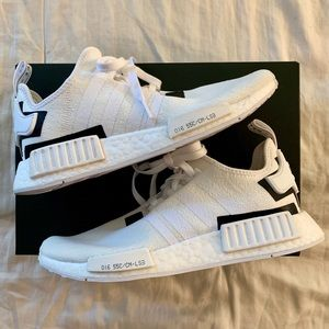 NEW WITH BOX Adidas NMD_R1